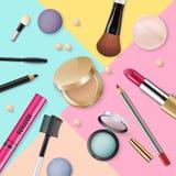 Satz dekorative Kosmetik und Make-up der realistischen Schönheit bearbeitet Schönheit Pulver, Abdeckstift, Lidschattenpinsel, err stockbild
