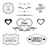 Satz dekorative Rahmen, singt und die Grenzen, die auf Valentinstag bezogen werden Lizenzfreie Stockfotos