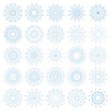 Satz dekorative Schneeflocken, Sammlung blaue Winterdesignschablonen Lizenzfreie Stockfotos