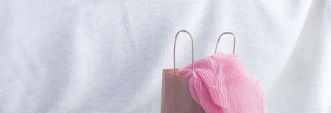 Satz der Fahne A Frauen ` s Mode-Accessoire-des Einkaufsschmuck-Schals lizenzfreie stockbilder