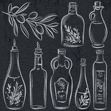Satz der Flasche für Olivenöl auf Tafel lizenzfreie abbildung