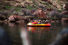 Satz, der Glen Canyon, Arizona flößt stockbild