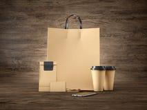Satz der Handwerkseinkaufstasche, zwei Kaffeetassen Stockfoto