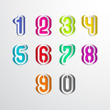 Satz der Zahl buntes Papier herausgeschnitten Auch im corel abgehobenen Betrag Stockbild