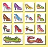 Satz des Design-Vektors der Schuhe der Frauen flache gezeichnete Art Hand des Leders färbte Mokassinfersen-Schuhillustration Stockfotos