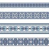 Satz des ethnischen Verzierungsmusters in den blauen Farben Stockbild
