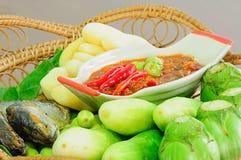 Satz des Garnelenpastepaprikasoßenkochs über Garnelenpaste, THAILÄNDISCHE Lebensmittelkultur Lizenzfreie Stockfotografie