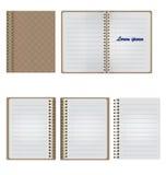 Satz des leeren realistischen gewundenen Notizblock-Notizbuches Stockbilder