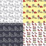 Satz des Musterhintergrund-Vektors der Schuhe der Frauen nahtlose gezeichnete Art Hand des Leders färbte Mokassinfersenschuh Stockfotografie