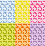Satz des nahtlosen geometrischen Musters mit Wellen im Retrostil, weiche Farben. Stockbild