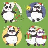 Satz des netten Weihnachtspandacharakters Stockfoto