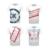 Satz des photorealistic T-Shirts mit Druck Lizenzfreie Stockfotos