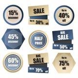 Satz des Rabattes, Verkauf, Kauf jetzt, neue, Fahne zum halben Preis in Gold a Stockbild