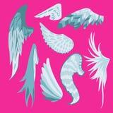 Satz des schönen netten Weiß und des Blue Wingss auf einem rosa Hintergrund Stockbild