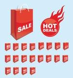 Satz des Verkaufsaufklebers auf zwanzig roten Einkaufspapiertüten Stockbilder