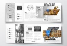 Satz dreifachgefaltete Broschüren, quadratische Designschablonen Lizenzfreie Stockbilder