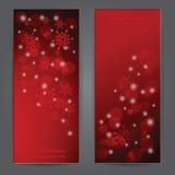 Satz elegante Weihnachtsfahnen mit Schneeflocken. Stockfoto