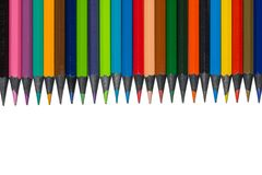 Satz farbige Bleistifte vom Ebenholzholz, lokalisiert Lizenzfreie Stockfotografie