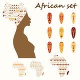Satz farbiger ethnick afrikanischer Frau, Masken, Kontinent mit Stammes- Verzierung Lizenzfreies Stockbild