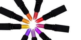 Satz Farblippenstifte, die einen Kreis bilden Lizenzfreies Stockfoto