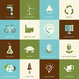 Satz flache entworfene Ökologieikonen Stockbild