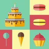 Satz flache Ikonen mit verschiedenen Bonbons Lizenzfreie Stockfotos