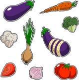 Satz Gemüse, Aufkleberart Satz enthält den geschnittenen Zwiebelbrokkolitomatenknoblauchauberginenkohl-Karottenblumenkohl Stockbild