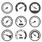Satz Geschwindigkeitsmesser und Armaturenbrettgeräte Lizenzfreies Stockfoto