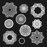 Satz gotische Kreisverzierungsrosen mit den Dornen im Vektor Lizenzfreie Stockfotos