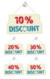 Satz Hängeschilder mit den 10-50-Prozent-Rabatten Stockfoto