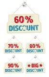 Satz Hängeschilder mit den 60-90-Prozent-Rabatten Lizenzfreie Stockbilder