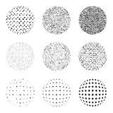 Satz Halbton verzerrte Elemente auf dem weißen Hintergrund Sammlung Halbtoneffektpunktmuster Bereich-Illustration Stockbilder