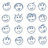 Satz Hand gezeichnete Gekritzelart lächelt auf Weiß Lizenzfreies Stockbild