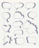 Satz Hand gezeichnete Rede sprudelt Vektor Stockbilder