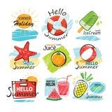 Satz Hand gezeichnete Sommerzeichen und -fahnen Lizenzfreies Stockfoto