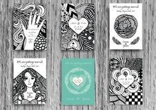 Satz Hand gezeichnetes zentangle auf Schablone A4 für Druck Hochzeitskartendesignschablone Lizenzfreies Stockfoto