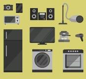 Satz Haushaltsgeräte in der flachen Art Stockfotos