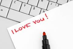 Satz ich liebe dich geschrieben auf Papier Stockbilder