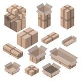 Satz isometrische Pappschachteln auf Weiß Stockbild
