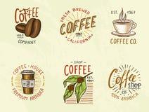 Satz Kaffeelogos moderne Weinleseelemente für das Shopmenü Auch im corel abgehobenen Betrag Designdekorationssammlung für stock abbildung