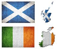 Satz Karten und Flaggen von Irland und von Schottland Lizenzfreie Stockfotografie