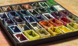 Satz leere Aquarellfarben für malende Nahaufnahme Stockfotos