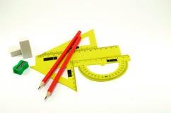 Satz Linien für das Zeichnen mit Radiergummis und Bleistiftspitzer auf einem weißen Hintergrund Lizenzfreies Stockbild
