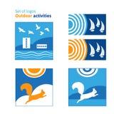 Satz Logos Tätigkeiten im Freien Sommerrest, Erholung im Freien Stockbild
