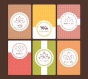 Satz Logos und Muster für ein Yogastudio Stockfoto