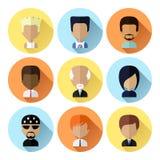 Satz Mann-Gesichts-Ikonen im flachen Design lizenzfreie abbildung