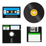 Satz Medien von verschiedenen Generationen - Vinylaufzeichnung, Kassette, 3 5 Zoll Diskette auf 5 25 Zoll Diskette Stock Abbildung