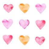 Satz mehrfarbige Herzen gemalt im Aquarell Lizenzfreie Stockbilder