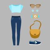 Satz modische Kleidung der Frauen mit Jeans Lizenzfreie Stockfotografie