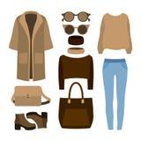 Satz modische Kleidung der Frauen mit Mantel, Hose, Pullover Lizenzfreie Stockfotografie